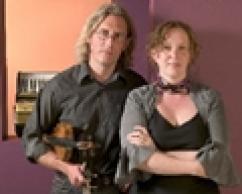 Mapaluna, Gloucestershire, wedding band.